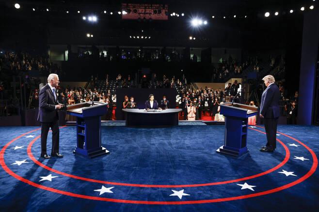 10월22일(현지 시각) 미국 테네시주 벨몬트대에서 미국 대선후보 2차 TV토론회가 열렸다. ⓒ연합뉴스