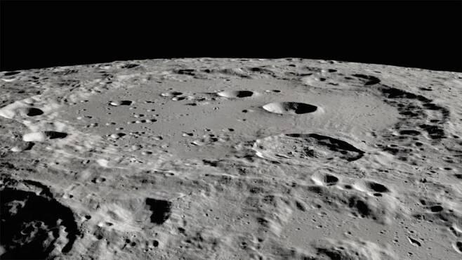 클라비우스 크레이터 [NASA, Moon Trek, USGS/LRO 제공/ 재판매 및 DB 금지]
