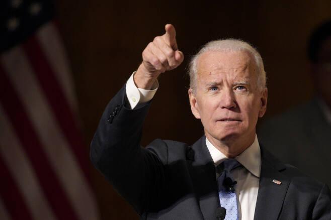 조 바이든 전 미국 부통령이 지난해 2월28일 미국 네브래스카주 네브래스카-오마하대에서 열린 척 헤이글 글로벌 리더십 포럼에 참석해 연설하고 있다. ⓒ연합뉴스