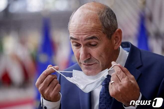 야네스 얀사 슬로베니아 총리. © AFP=뉴스1