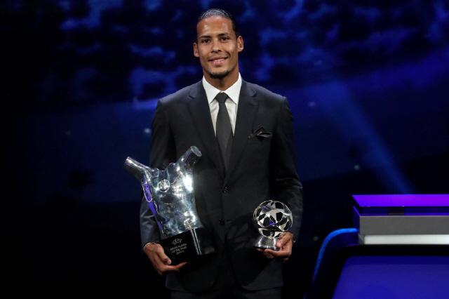 ◇2019년 UEFA 올해의 선수상을 수상한 수비수 버질 반 다이크. AFP연합뉴스
