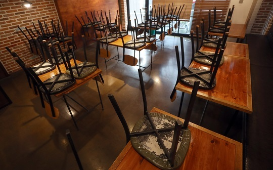영업 중단한 식당. 연합뉴스