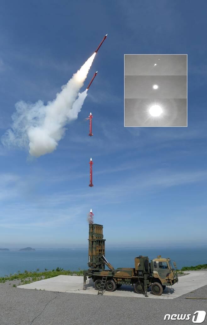 천궁 II 미사일이 발사되는 장면.(방위사업청 제공) © 뉴스1