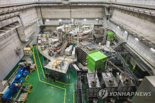 한국의 인공태양 '케이스타' [연합뉴스 자료사진]