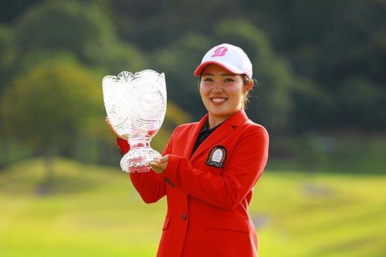 2000년생 일본 여자 골프 대표 주자로 꼽히는 후루에 아야카. [사진 후지쯔]