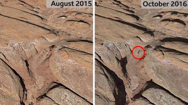 지난 2015년과 2016년 촬영된 구글 위성사진. 이 시기 어느 중간 기둥이 설치되었을 것으로 추정된다.