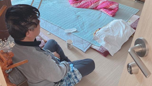 확진되고도 지난 6일부터 나흘째 자택에서 대기 중인 67세 김 모 씨 (사진:가족 제공)