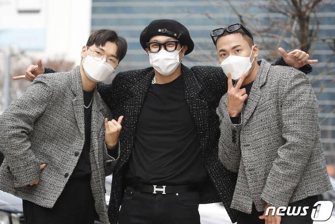 가수 하하(가운데)와 설레게 심, 향스/뉴스1 © News1 권현진 기자