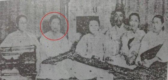 왼쪽에서 둘째가 심매향 명창의 18세 때 모습. 1925년 쵤영으로 전해지는 희귀 사진. [사진 국악음반박물관]