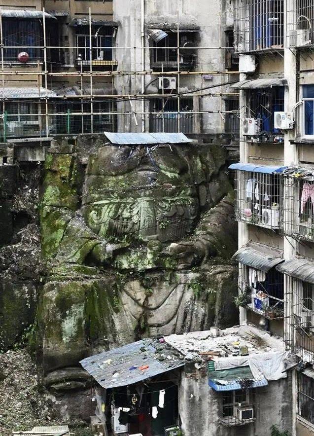 중국 충칭시에서 발견된 불상의 모습. © 바이두 캡쳐