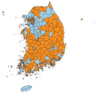 전국 시군구 인구 증감 현황. 파란색은 증가, 빨간색은 감소.