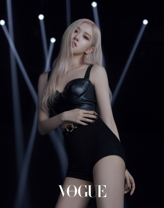 The first digital picture with BLACKPINK Rosé and the couture cosmetics brand Yves Saint Laurent Beauty was released.In this photo, which was first shown since the first teaser video of Yves Saint Laurent Beauty was released in December, Rosé captured the light of the eyes with transparent yet sleek, flawless skin and deep eyes.In addition, the luxurious Ash Blonde hairstyle, black costumes, nails, and Rosés perfect Attitude harmonized with the praise of human enlistment once again.In the field, it was reported that he was also praised as a world class because he showed professional results for the best results through active communication with staff.On the other hand, the new muse of Yves Saint Laurent Beauty, Rosé, presented in this picture, is the first luxury Couture Marvel Fact NEW Cuckre de Po Marvel Essence Cream Fact.Yves Saint Laurent Beautys NEW Marvel Fact, which will be officially launched on January 7, will be available at Yves Saint Laurent Beauty stores and official online malls nationwide.In addition, Beauty Film with Rosé will be released on the Vogue Magazine website and Instagram.1 Video and new media brand of entertainment media.
