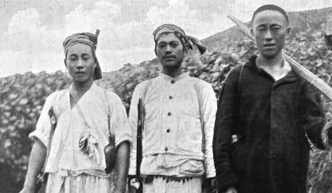 매켄지의 'The tragedy of Korea(조선의 비극)'에 실린 양근 의병./F. 매켄지