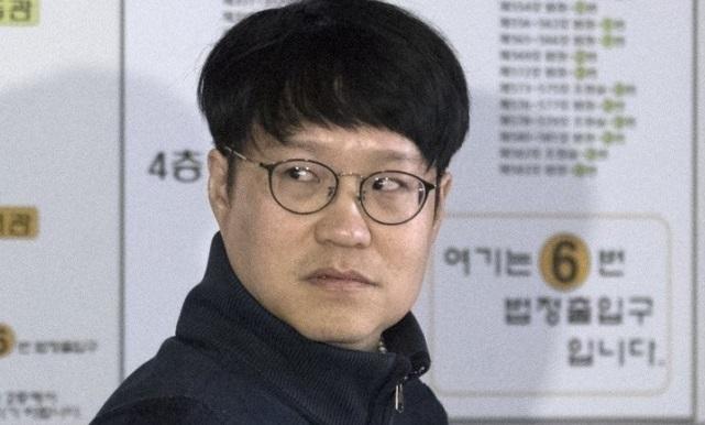 만화가 윤서인씨. 연합뉴스
