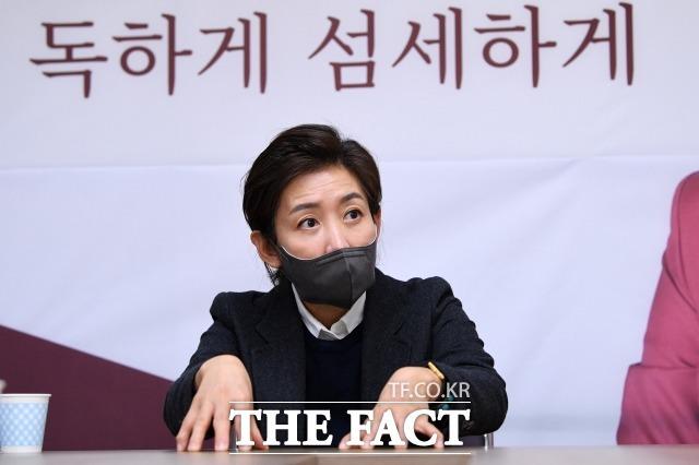 """나 전 의원은 서울시장 이후 선출직 불출마 의사를 확고히했다. 그는 """"다른 데 한눈 파는 사람들은 미지의 서울시정을 제대로 할 수 없다""""고 했다. /남윤호 기자"""
