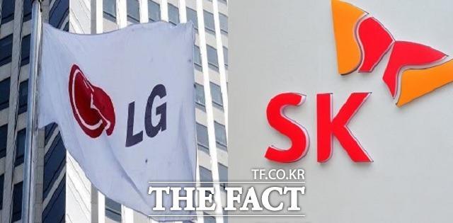 배터리 특허 무효 여부를 두고 SK이노베이션과 LG에너지솔루션이 대립하고 있다. /더팩트DB
