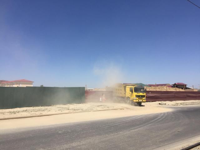 우즈베키스탄 사마르칸트를 관광 도시로 만들기 위한 공사들이 곳곳에서 벌어지고 있다. 이동학 작가