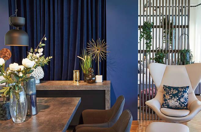 일바 쇼룸은 층마다 다른 콘셉트로 구성했다. 일바의 가구는 북유럽에서 자란 튼튼한 나무로 만들어 퀄리티가 뛰어나다.