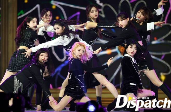 The group Twice JEONGYEON is performing at the 30th 2021 High1 Seoul Song Awards held at Jamsil Gymnastics Stadium in Seoul on the 31st.On the other hand, High1 Seoul Song Grand Prize is Corona 19, which is non-face-to-face.In Korea, it is possible to watch through the mobile app Idol Live of cable channels KBSdrama, KBSjoy, KBSw and LG U +, and it is possible to watch through Nikoniko live broadcasting overseas.welcomebacknine-member complete