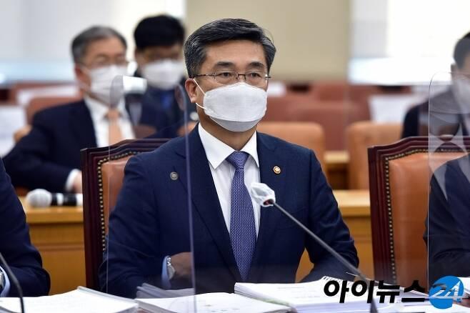 서욱 국방부 장관. [사진=조성우 기자]