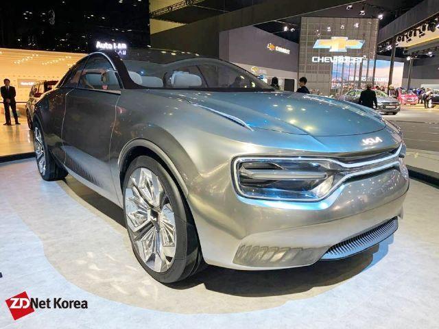 기아 전기 콘셉트카 '이매진 바이 기아'. 올해 7월 출시 예정인 기아 신형 전기차 CV는 해당 콘셉트카 기반으로 제작된다. (사진=지디넷코리아)
