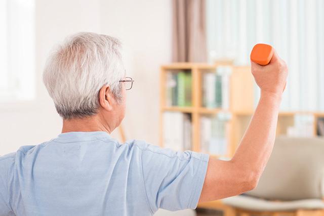 치매 전단계인 경도인지장애 환자가 꾸준히 운동을 하면 치매로 진행할 가능성이 낮아지는 것으로 드러났다. /클립아트코리아 제공