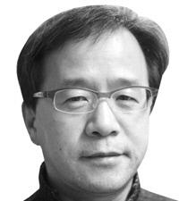 정윤수 스포츠평론가·성공회대 교수