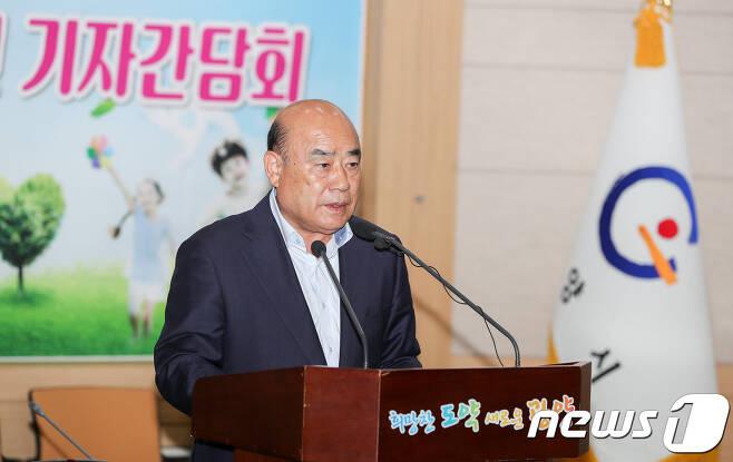 정현복 광양시장© 뉴스1DB