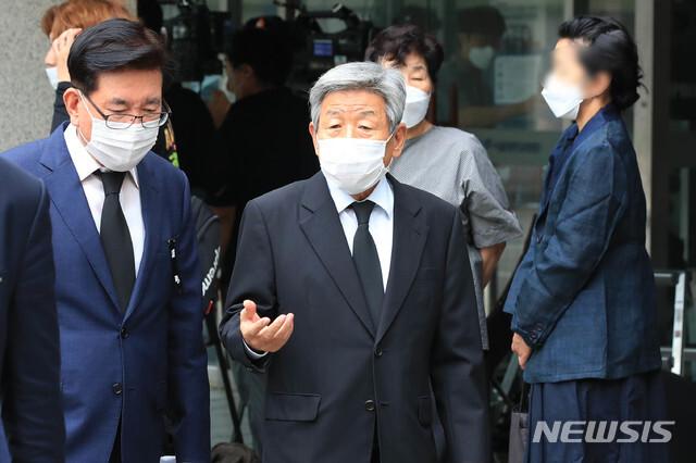 [서울=뉴시스]김병문 기자 = 유인태 전 민주당 의원. 2020.07.12. photo@newsis.com