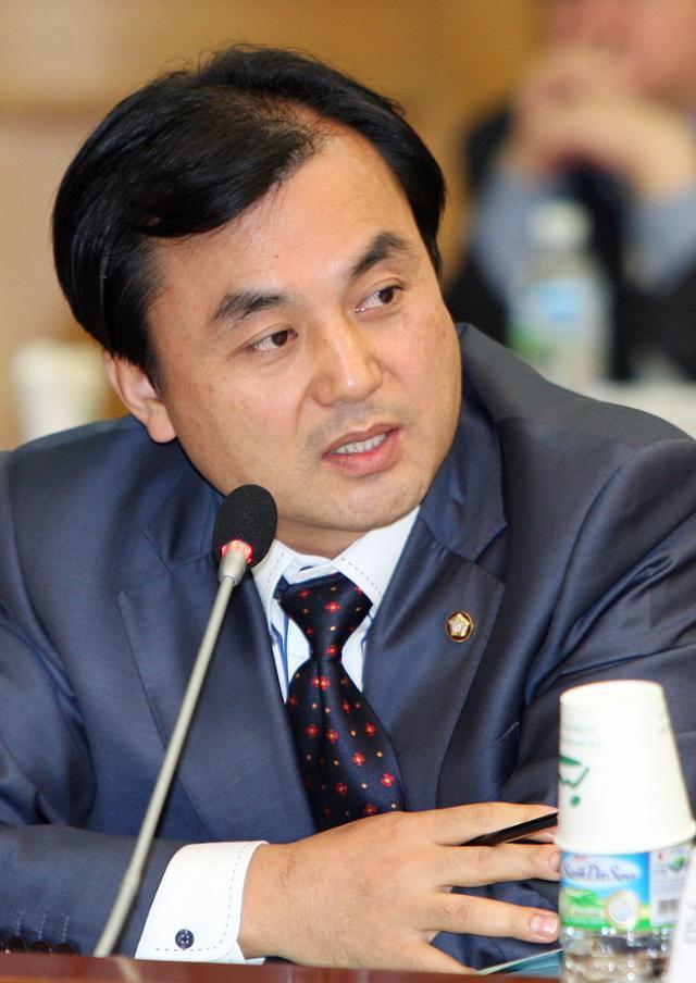 불출마를 선언한 안규백 민주당 의원. 연합뉴스