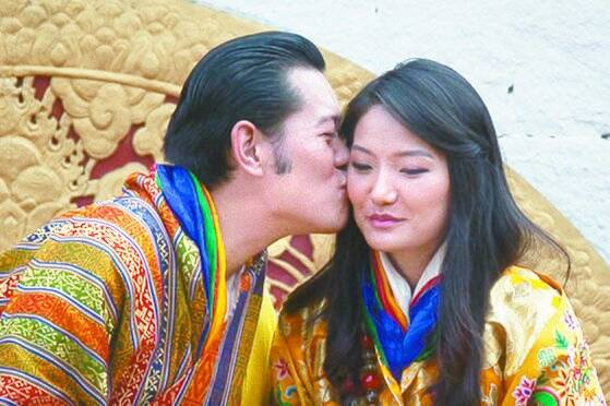 2011년 10월 부탄 왕추크 국왕은 열한살 어린 제선 페마 왕비와 결혼했다. [로이터=연합뉴스]