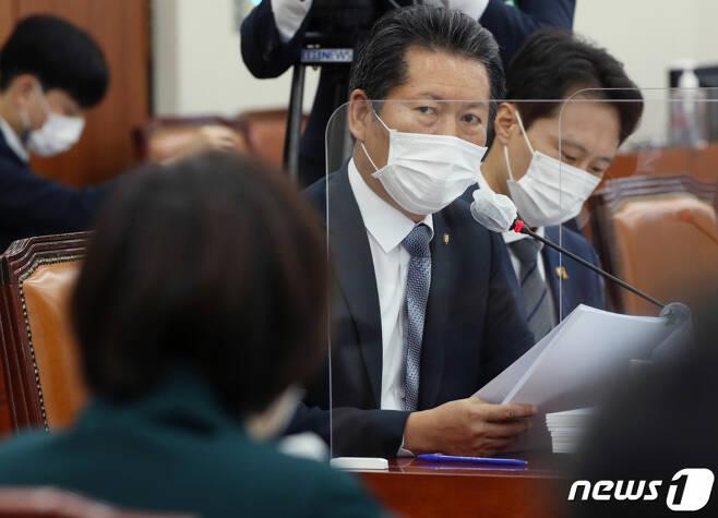 (서울=뉴스1) 정청래 더불어민주당 의원 2020.10.7/뉴스1