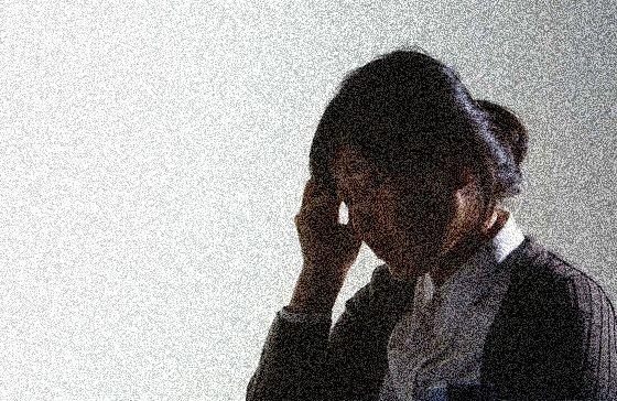 팔다리에 힘이 빠지거나 감각의 이상, 얼굴이 마비되거나 감각의 이상, 발음이 어눌하거나 말이 잘 나오지 않는 경우, 극심한 두통, 어지럼증 등의 증상이 갑자기 나타나는 경우 뇌졸중을 의심해봐야 한다. 중앙포토