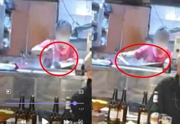 부산의 한 식당에서 손님이 먹던 국물을 그대로 육수통에 붓는 모습 (온라인 커뮤니티 갈무리) © 뉴스1