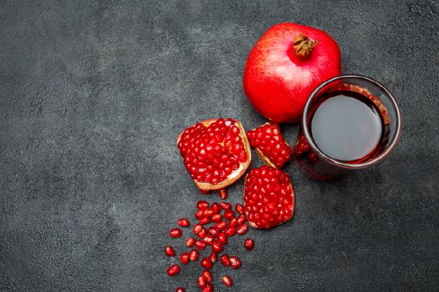 석류주스는 혈압을 낮추는 데 효과가 있다./사진=게티이미지뱅크