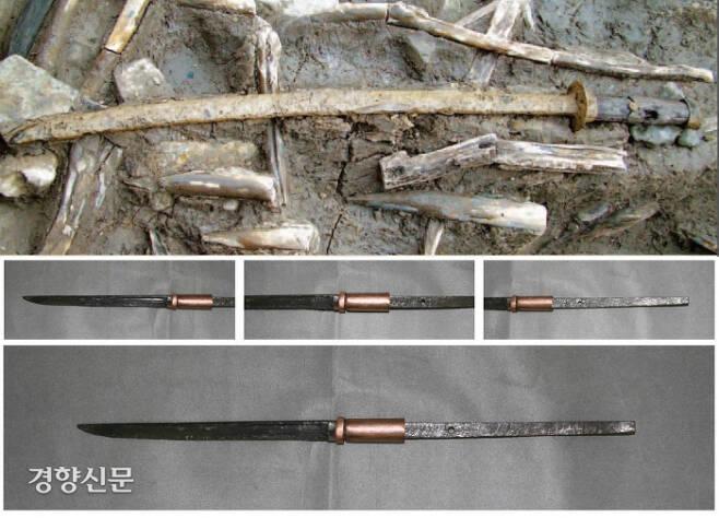 동래읍성 해자에서 확인된 장검. 철제이며 전체 길이가 54cm였고 칼의 크기는 26cm였다. 연구결과 장검이 아니라 일본군의 무기인 국지창으로 밝혀졌다. 일본 남북조시대(1336~1392)에 장대 끝에 단검을 매달아 사용한 무기에서 착안하여 제작했다.|정의도 한국문물연구원장 제공