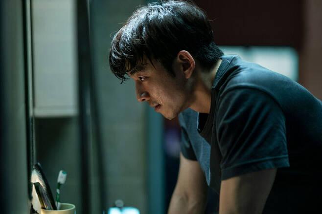 출처: 영화 <서복> ⓒ CJ ENM, 티빙