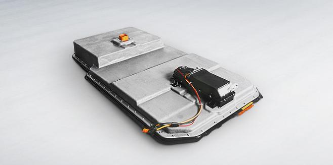 출처: LG그룹은 LG전자의 배터리팩 생산 시설을 LG화학으로 옮기는 작업을 진행 중이다. 사진은 LG전자 배터리팩./사진=LG전자 B2B 홈페이지 갈무리