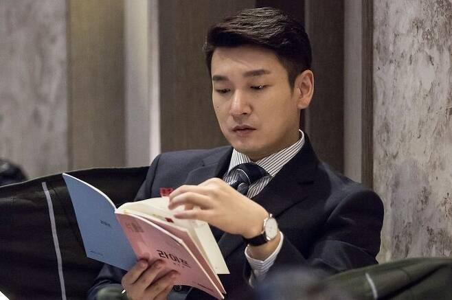 출처: JTBC 드라마 <라이프>