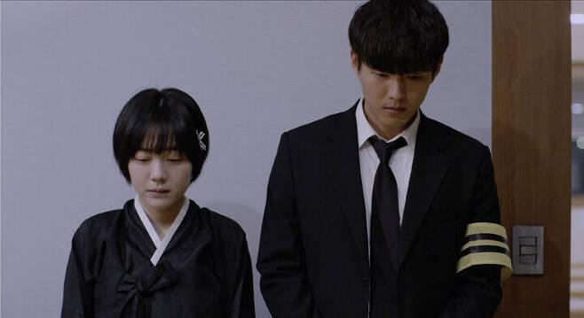 출처: 영화 <잔칫날> ⓒ (주)트리플픽쳐스