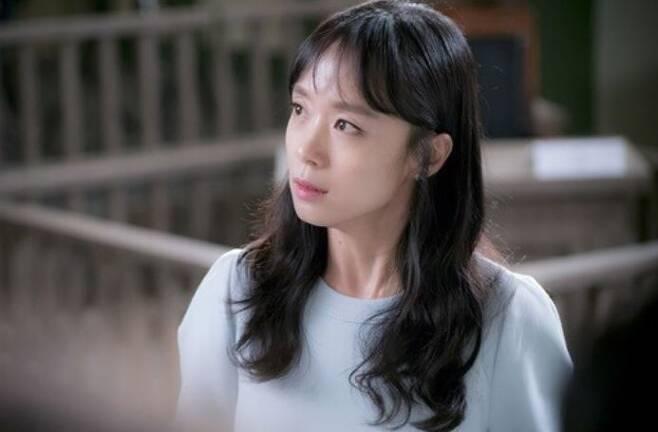 출처: tvN '굿 와이프'
