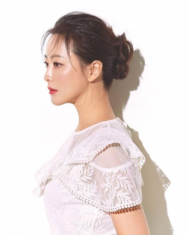 출처: 김희선 인스타그램