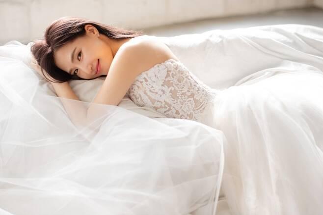 출처: 헤이스 스튜디오 (공현주 결혼사진)
