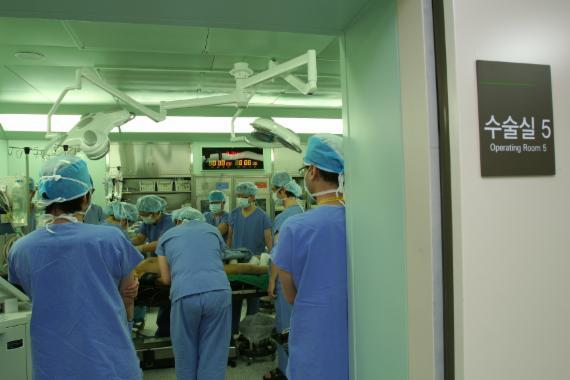 병원들을 대표하는 병원협회 역시 수술실CCTV 설치와 운영에 반대입장을 밝혔다. fnDB.