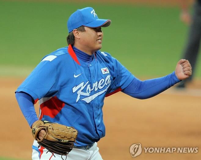 2008년 베이징올림픽 결승전에 등판한 류현진 [연합뉴스 자료사진]