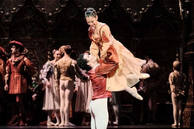 발레리나 박세은 10일(현지시간) 프랑스 파리 바스티유 오페라에서 열린 '로미오와 줄리엣' 개막 공연에서 줄리엣 역할을 맡은 발레리나 박세은. [파리오페라발레 홈페이지 캡처. 재판매 및 DB 금지]