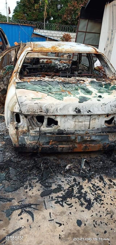 6월 16일 미얀마 디모소시에서는 쿠데타 군경들이 시위하는 시민들을 잡지 못하자 일반시민들의 차량과 집에 불을 질렀다. 군경의 보복성 방화는 미얀마 전역에서 이뤄지고 있다. / 경남이주민연대 제공