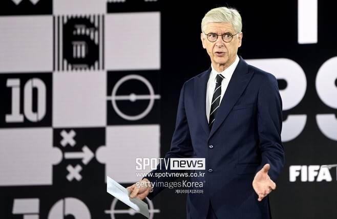 ▲ 아르센 벵거 전 아스널 감독이자 FIFA 글로벌 축구 발전 책임자가 월드컵 개최 시기 변경 계획과 이유를 설명했다