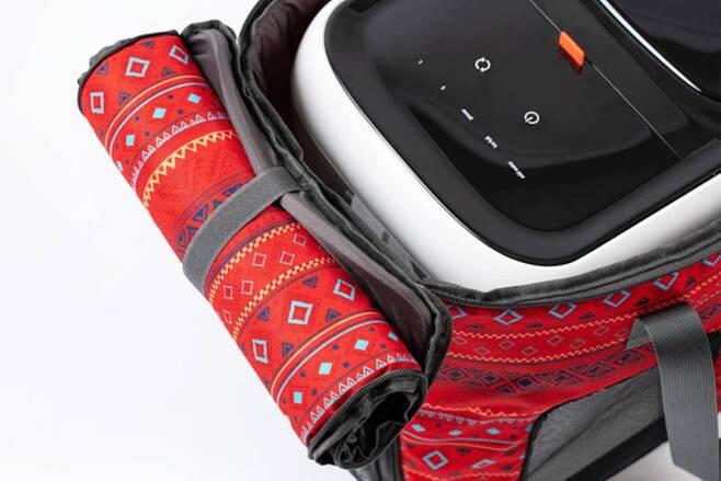 벨레 IM9 포터블 아이스메이커는 별도로 판매되는 전용 가방을 활용해 쉽게 운반할 수 있다. 출처=벨레